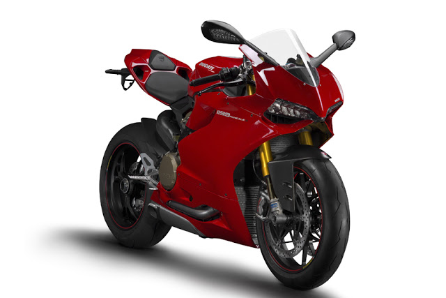 01_1199_Panigale_S-1