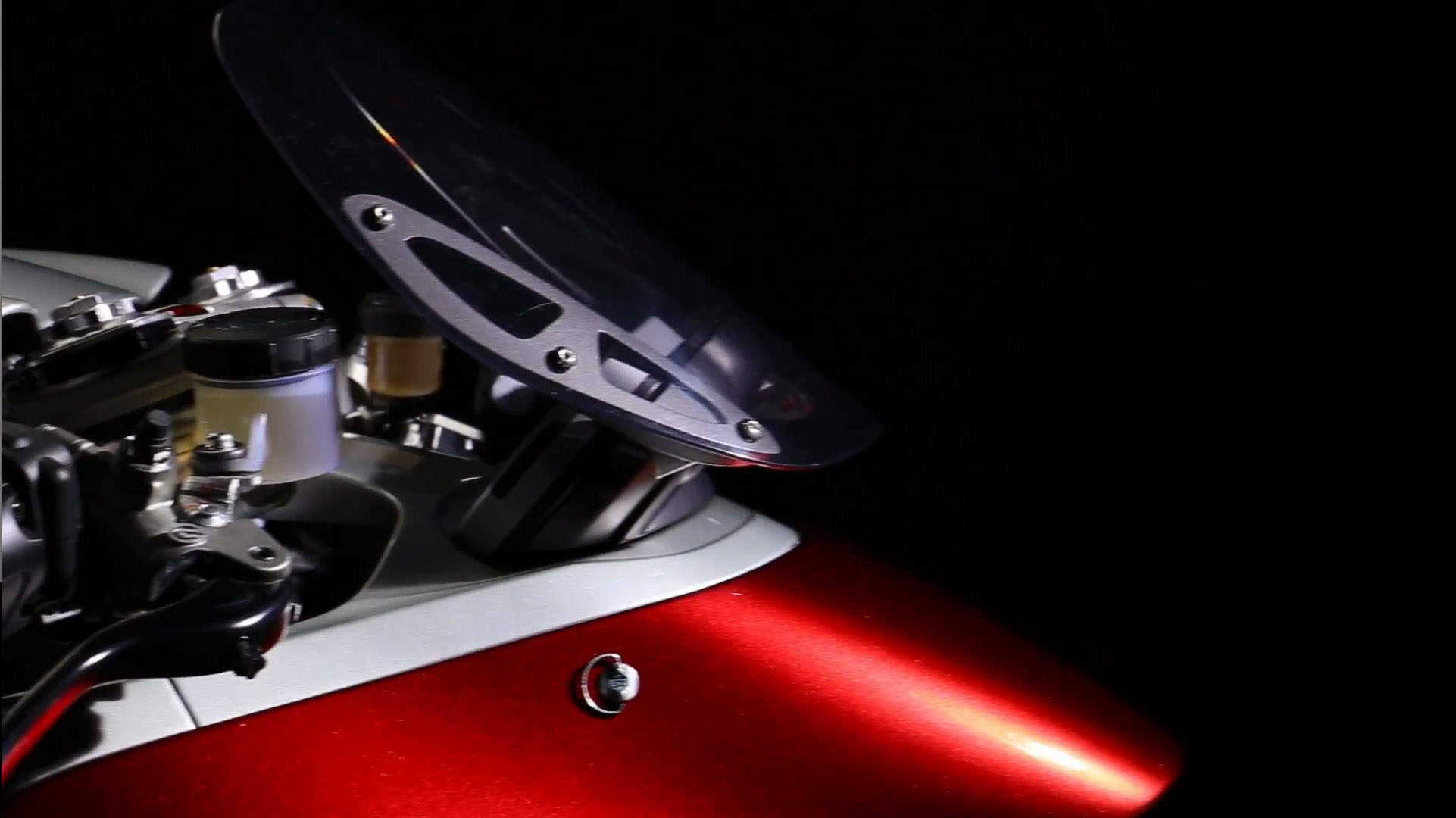 風鏡的設計採分離式設計