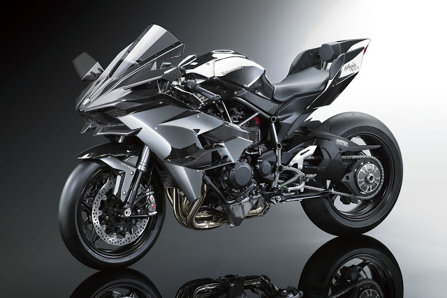 16ZX1000P_Styling01