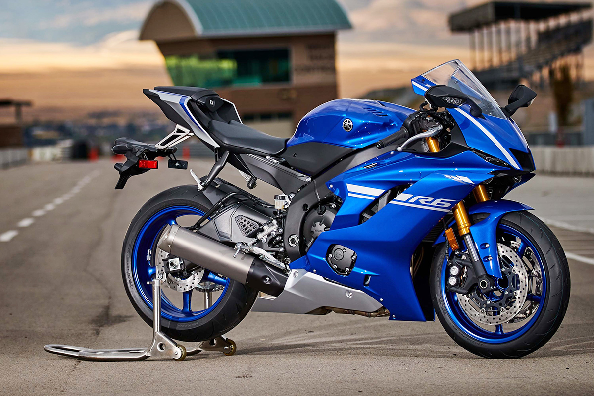 2017-yamaha-yzf-r6-high-resolution-26