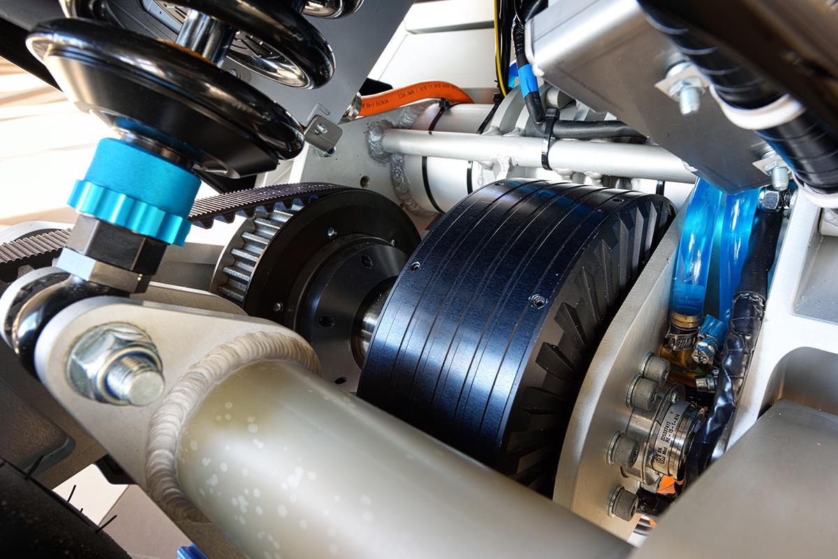 STORM, 's werelds eerste elektrische toermotorfiets, ontwikkeld door studenten van de TU Eindhoven foto: Bart van Overbeeke STORM, world's first electric touring motorcycle, designed by students of TU Eindhoven.