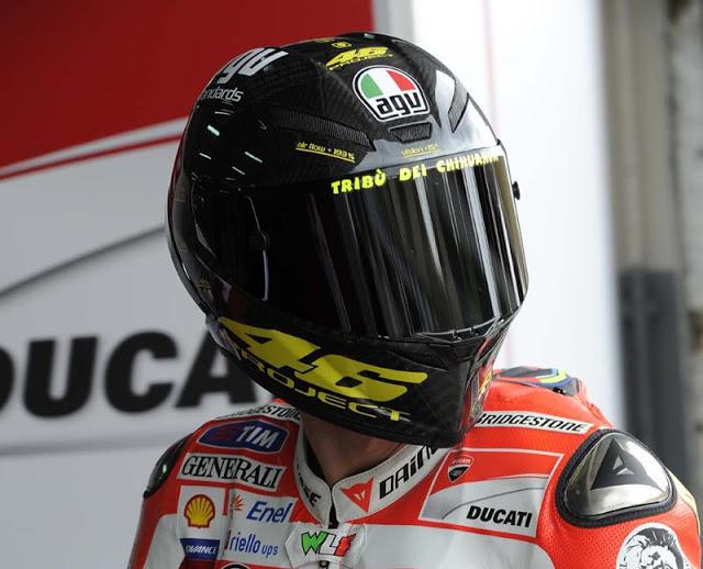 Valentino-Rossi-AGV-Standards-Project-46-helmet-03