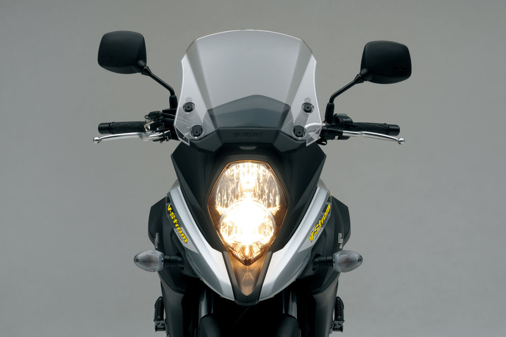 dl650al7_headlight
