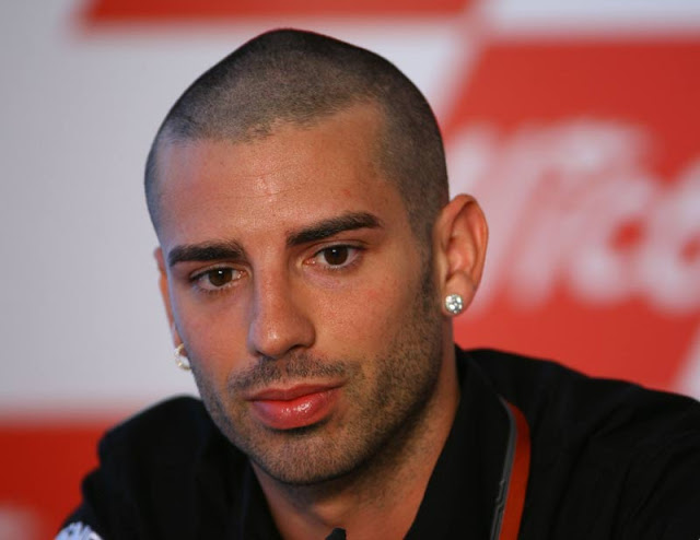 melandri-fears-to-miss-out-on-wsbk-debut-28790_1
