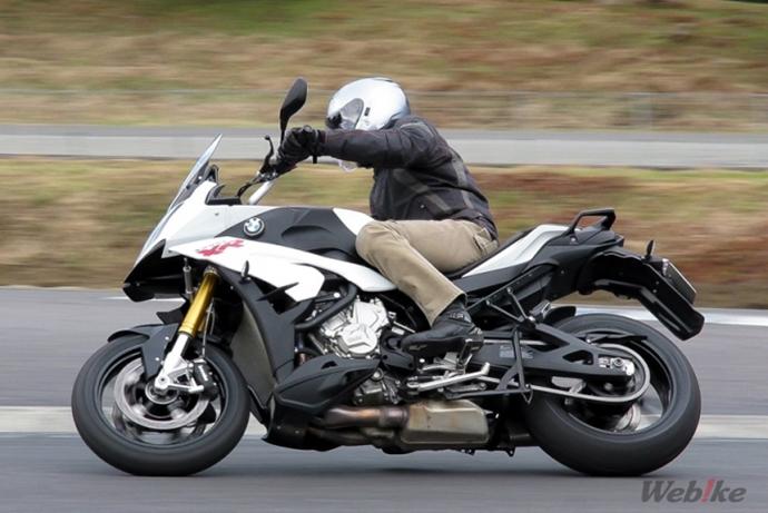 riding-5-680x454