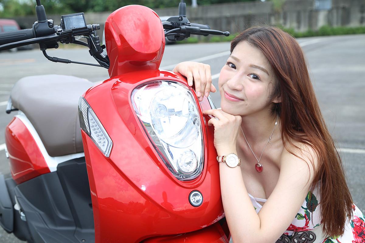 大燈是騎車在路上相當重要的設備之一,不只是照路,也是讓別人看見你