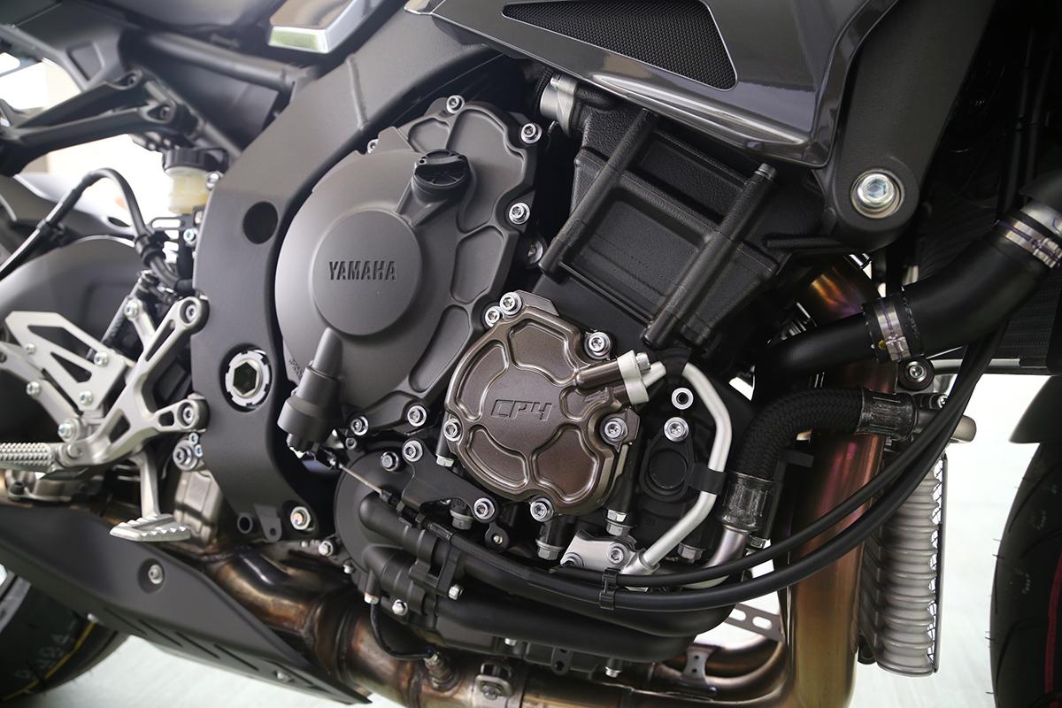 由R1 的CP4 引擎加以調整修改而來