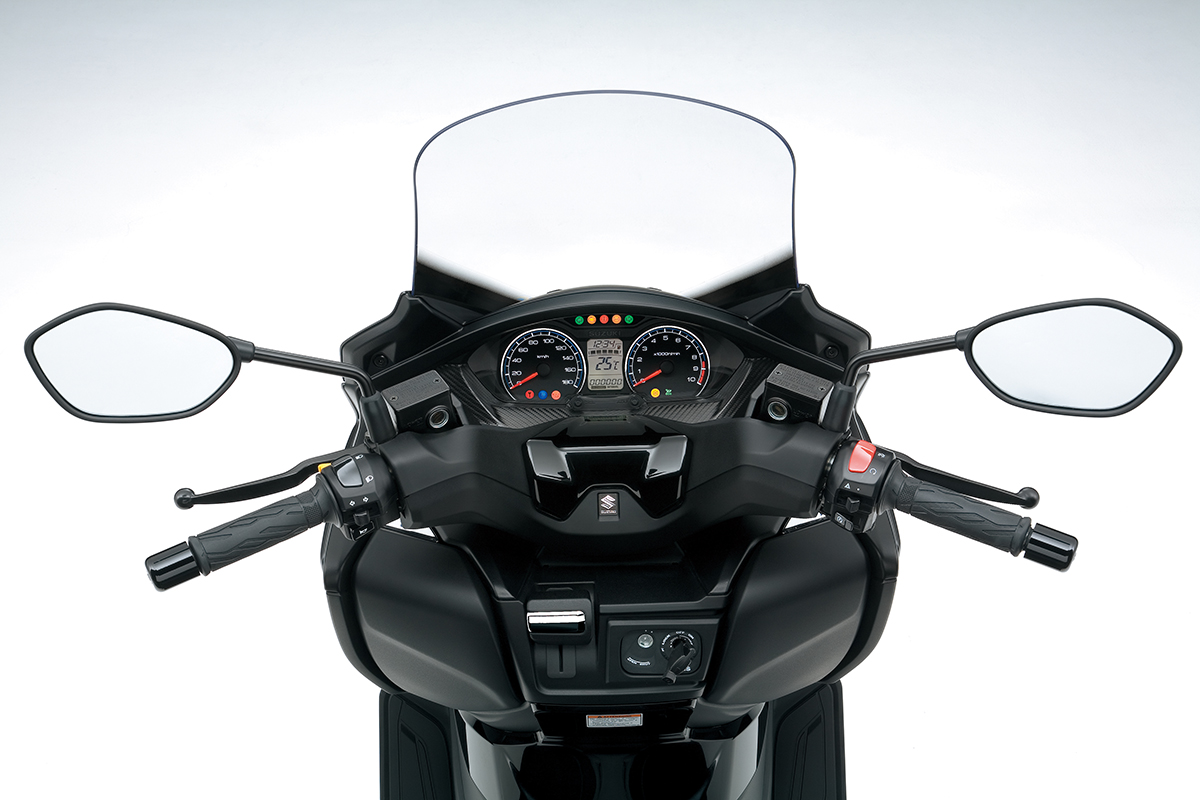 an400al8_cockpit