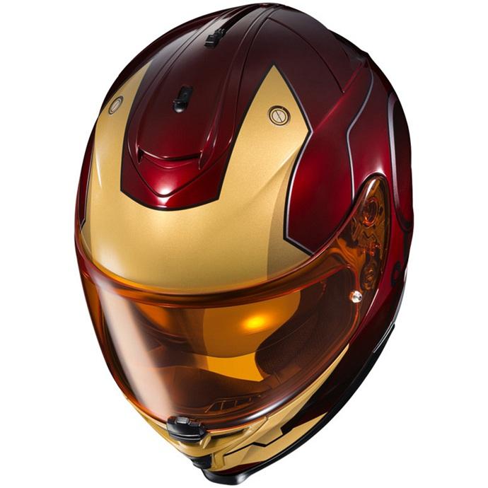 鋼鐵人以頭部盔甲為塗裝設計,金屬線條十分亮眼。