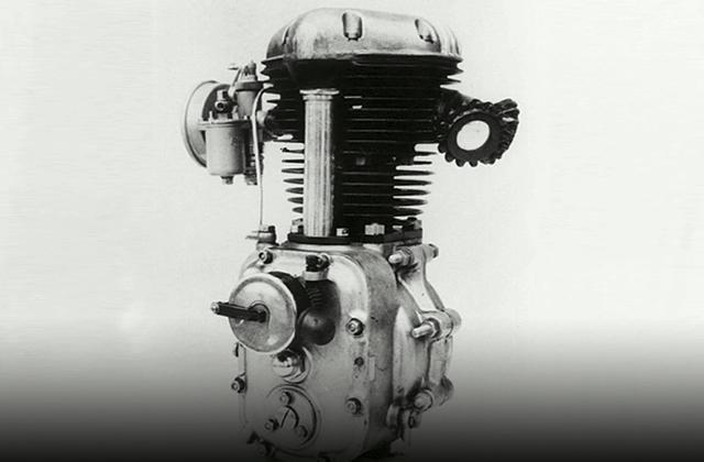 川崎第一具機車引擎,KE1